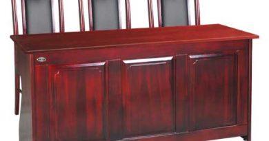 Ưu - Nhược điểm của bàn hội trường gỗ tự nhiên và gỗ công nghiệp