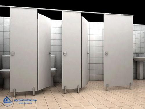 Chất liệu tác động tới giá thi công vách ngăn nhà vệ sinh
