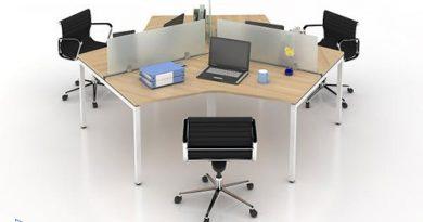 Tại sao nên chọn vách ngăn bàn làm việc văn phòng bằng kính?
