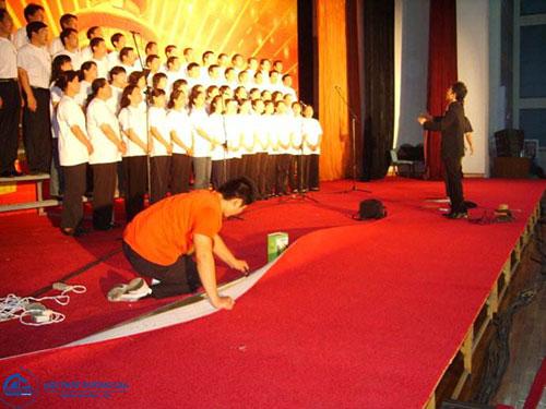 Đơn vị thi công thảm nỉ cuộn giá rẻ tại Hà Nội