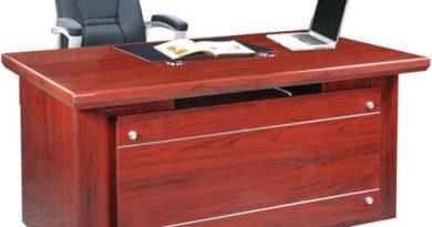 4 ưu điểm vượt trội của bàn làm việc văn phòng gỗ công nghiệp