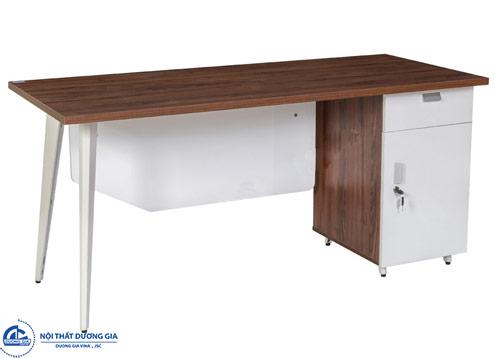 Một số mẫu bàn làm việc nhân viên có kích thước tiêu chuẩn, giá rẻ