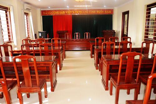 3 yếu tố tác động trực tiếp tới báo giá bàn ghế gỗ hội trường