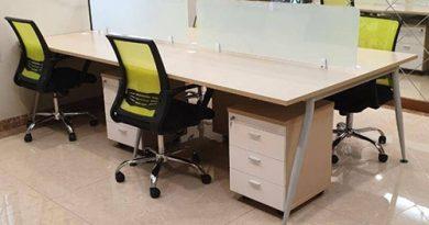 Mua bàn làm việc văn phòng có vách ngăn cần phải chú ý tới điều gì?