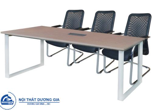 Tại sao nói bàn họp đẹp giúp cuộc họp diễn ra thành công hơn?